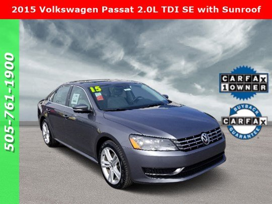 Pre-Owned 2015 Volkswagen Passat 2.0L TDI SE with Sunroof
